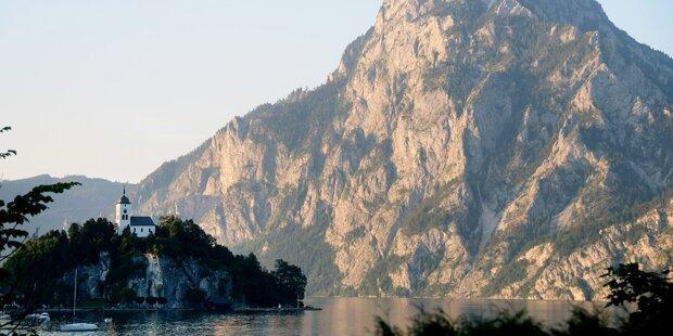 Oberösterreicher stürzt 100 Meter in den Tod