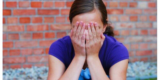 Britische Eltern für Prügelstrafe