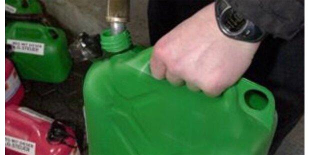 Treibstoffdiebe stahlen 600 Liter Sprit