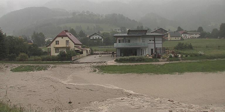 Jahrhundert-Unwetter über Österreich