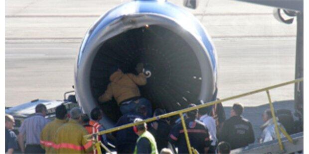 Passagierjet nach Vogelschlag sicher gelandet