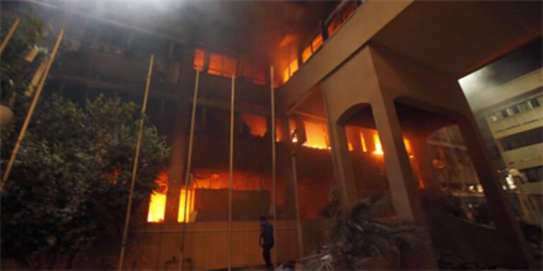 Regierungsgebäude in Tripolis beschossen