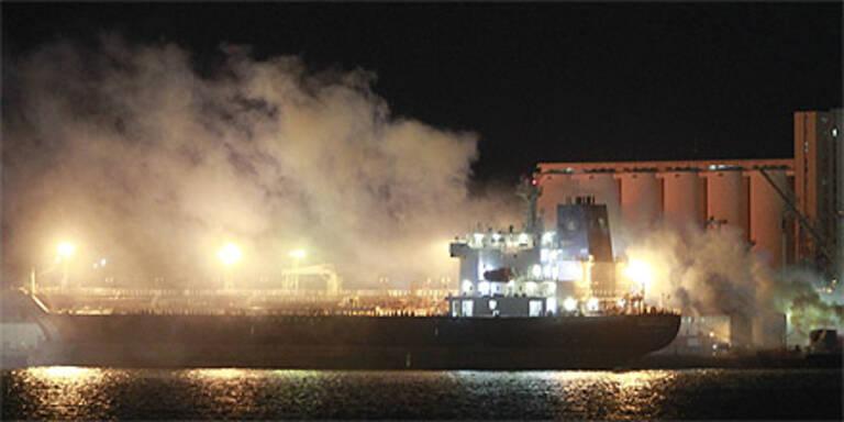 NATO bombardiert erneut Tripolis