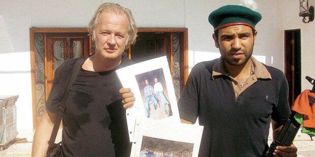 Gaddafi narrt die Verfolger