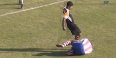 Brutalo-Foul: Kicker droht Haftstrafe