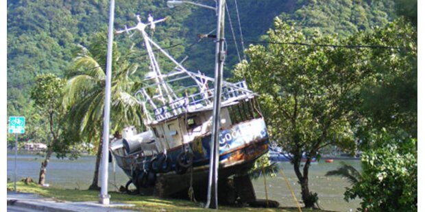 Tsunami vor Samoa - mind. 120 Tote