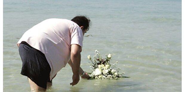 Trauerfeiern für Tsunami-Opfer in Asien