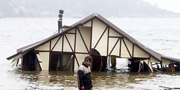 Schwacher Tsunami gibt Rätsel auf