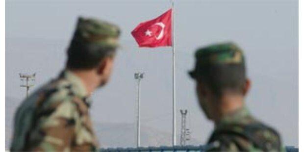 Vier türkische Soldaten von PKK getötet