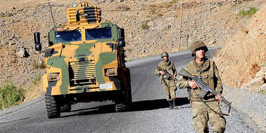 Türkische Soldaten auf dem Weg in den Nordirak