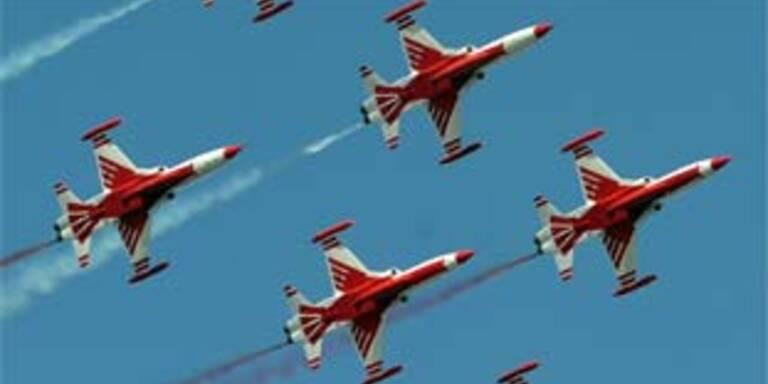 Türkische Militär-Flugshow. Archivbild.