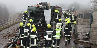 Lkw-Kollision forderte ein Todesopfer