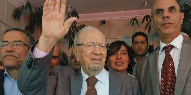Erste freie Wahlen in Tunesien