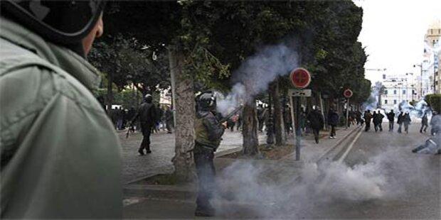 Österreicher sitzen in Tunesien fest