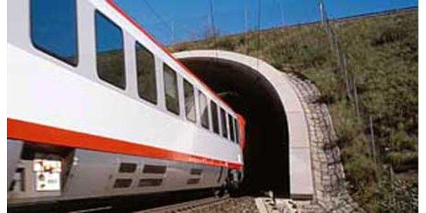 CSSR wollte Österreich untertunneln