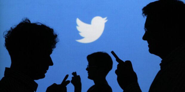 Twitter plant Video-Revolution
