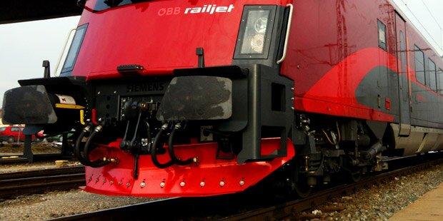 Kitzbühel: Mann von Zug überrollt - tot