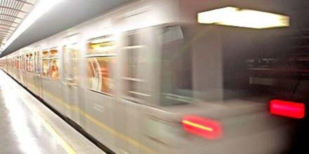 Wienerin auf U-Bahngleise gestoßen