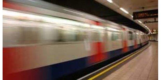 Themse kehrt auf U-Bahnplan zurück