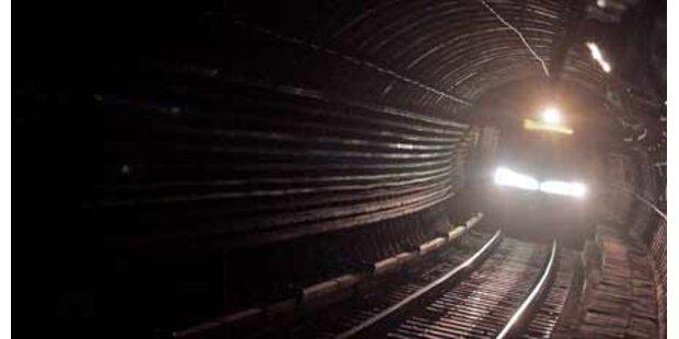 Hochwasser stoppt Helsinkis U-Bahn