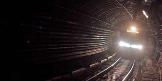 Spektakuläre Räuber-Jagd im U-4-Tunnel