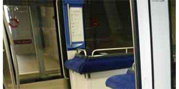 Erste Schweizer U-Bahn eingeweiht