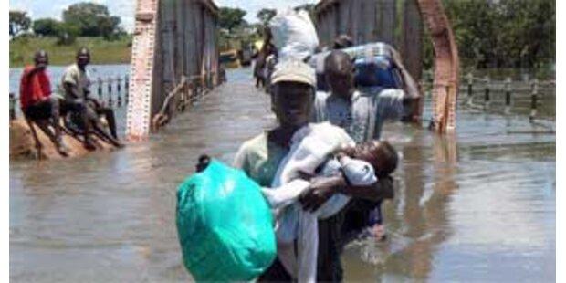 1,5 Millionen von Hochwasser betroffen