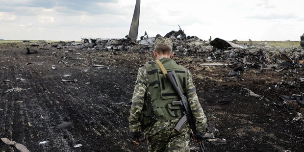 Flug MH17: Separatisten für Zusammenarbeit