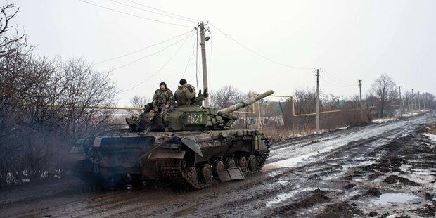 Erbitterte Kämpfe um Flughafen Donezk