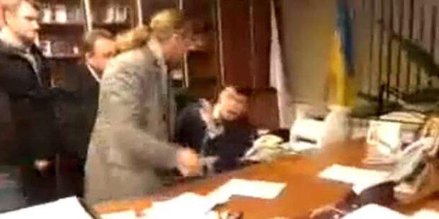 Ukraine: Rechtsextreme verprügeln TV-Chef