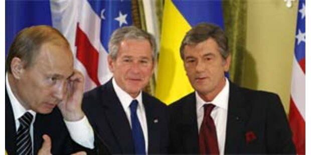 Bush unterstützt NATO-Beitritt der Ukraine