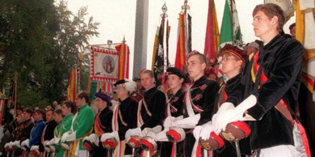 Uniform-Verbot beim Ulrichsbergtreffen