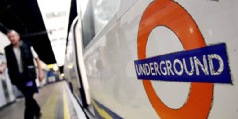 Späße kosteten U-Bahn-Ansagerin den Job