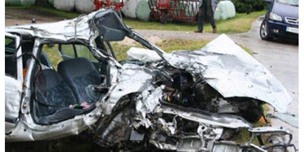 Regen-Crash: 22-Jähriger starb