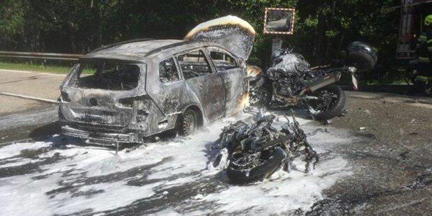 Drei Biker crashen in ein Auto: 24-Jähriger tot
