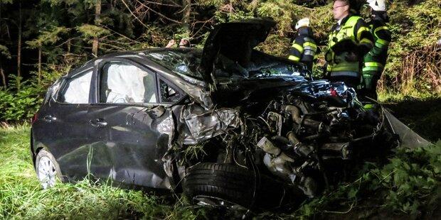 Nach Unfall auf A2: Suche nach verletzten Frauen