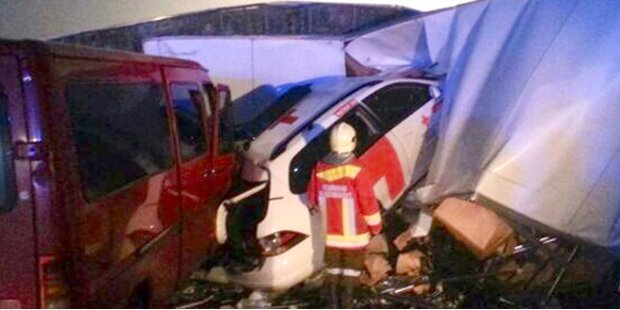 Massen-Crash mit 18 Verletzten