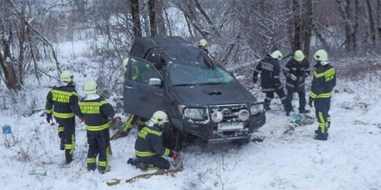 LIVE-Ticker: Unfall-Chaos durch Glätte und Schnee
