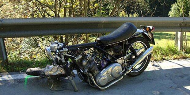 Biker stirbt nach Crash mit Pkw