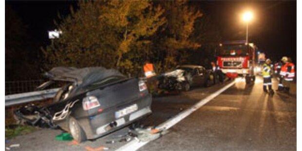 Frontal-Crash mit zwei Todesopfern