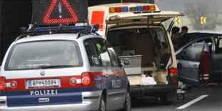 Zwei Todesopfer nach Unfall auf der S31