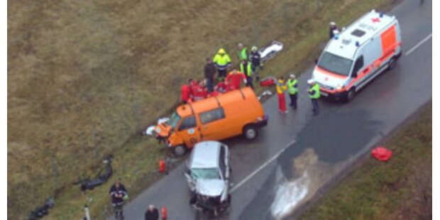 5 Verletzte bei Verkehrsunfall im Burgenland