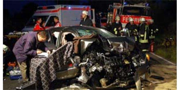 Fünf Tote bei Unfall in Sachsen-Anhalt
