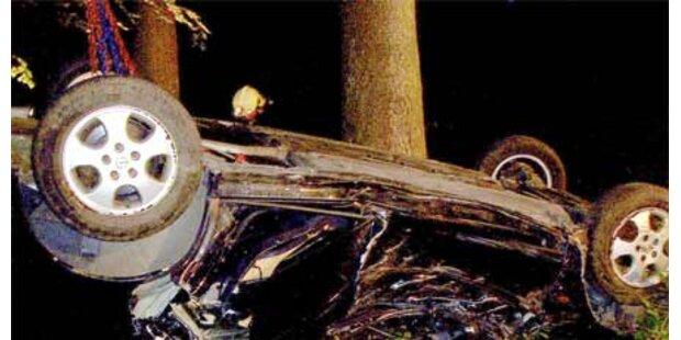 Autofahrer flüchtete nach Überschlag