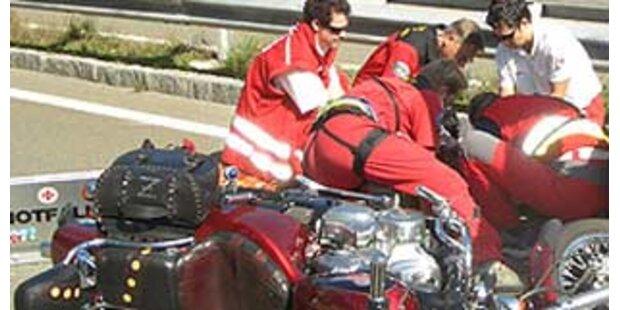 Zwei schwerverletzte Motorradlenker in NÖ
