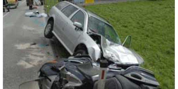 61-jähriger Tiroler starb bei Unfall mit 3 Pkw