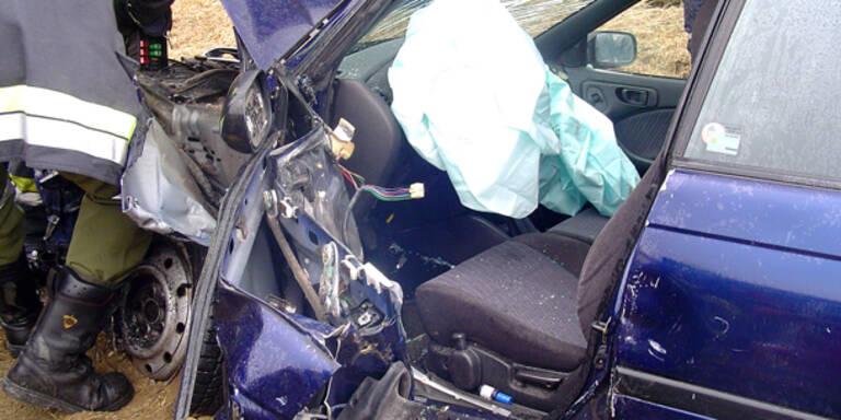 Baby bei Unfall schwer verletzt