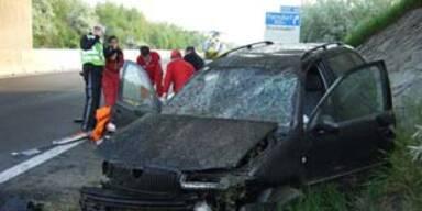 Spektakulärer Unfall auf der Ost-Autobahn