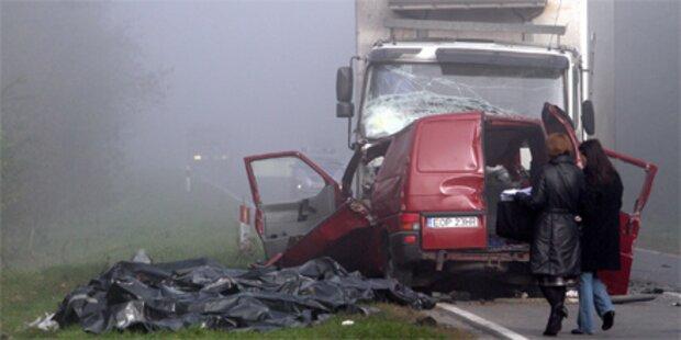 18 Tote bei Horror-Unfall in Polen