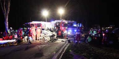 Vier Verletzte bei Frontal-Crash in Tulln